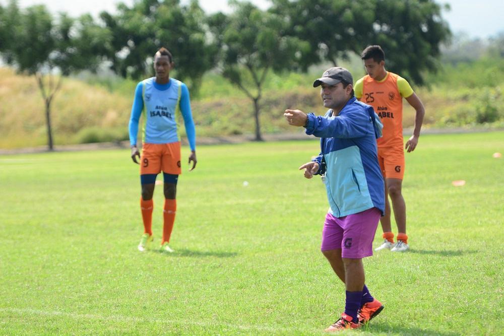 Manta y Espoli empatan en el Reales Tamarindos (1-1)