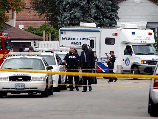 Tres personas mueren en Toronto tras ser atacadas con una ballesta