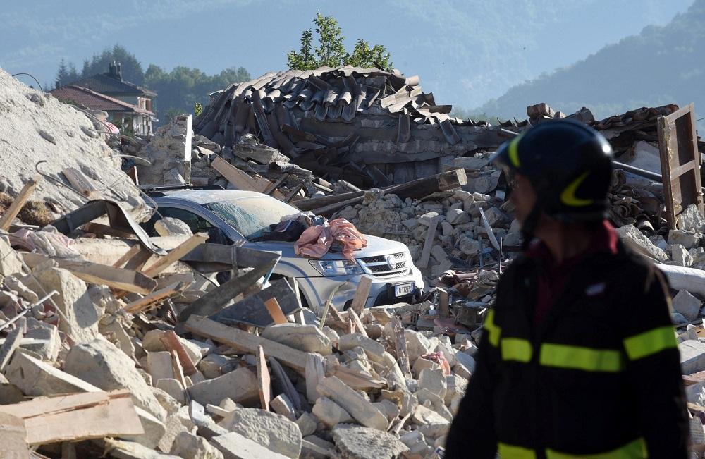 Un nuevo temblor de 4,3 grados causa nuevos derrumbes en Amatrice