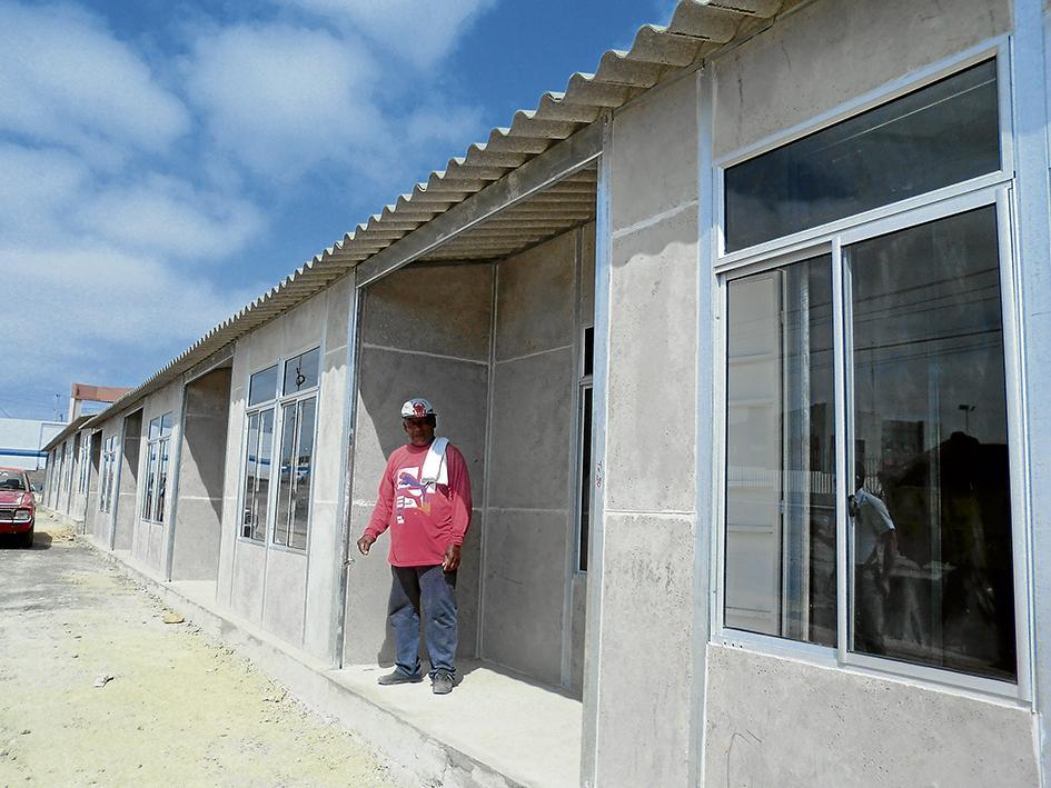 100 familias  tendrán casas