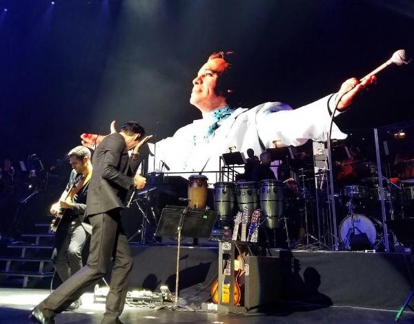 Marc Anthony rompe en llanto al interpretar tema de Juan Gabriel durante unconcierto