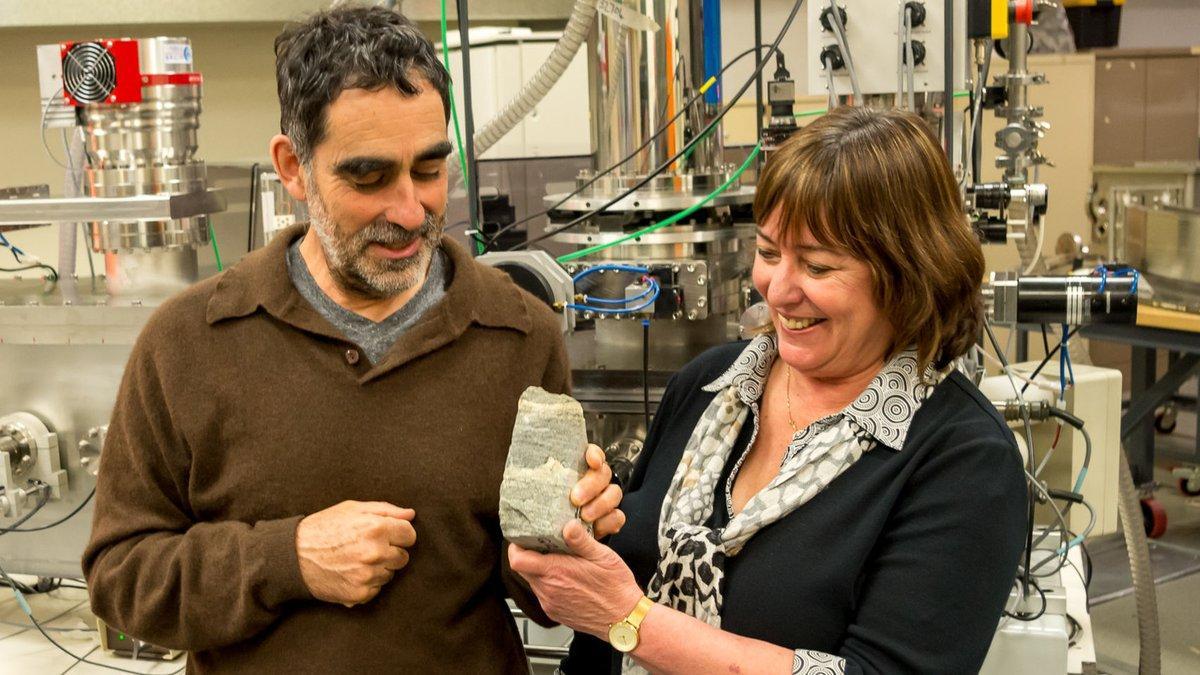 El fósil más antiguo, de 3.700 millones de años, es hallado en Groenlandia