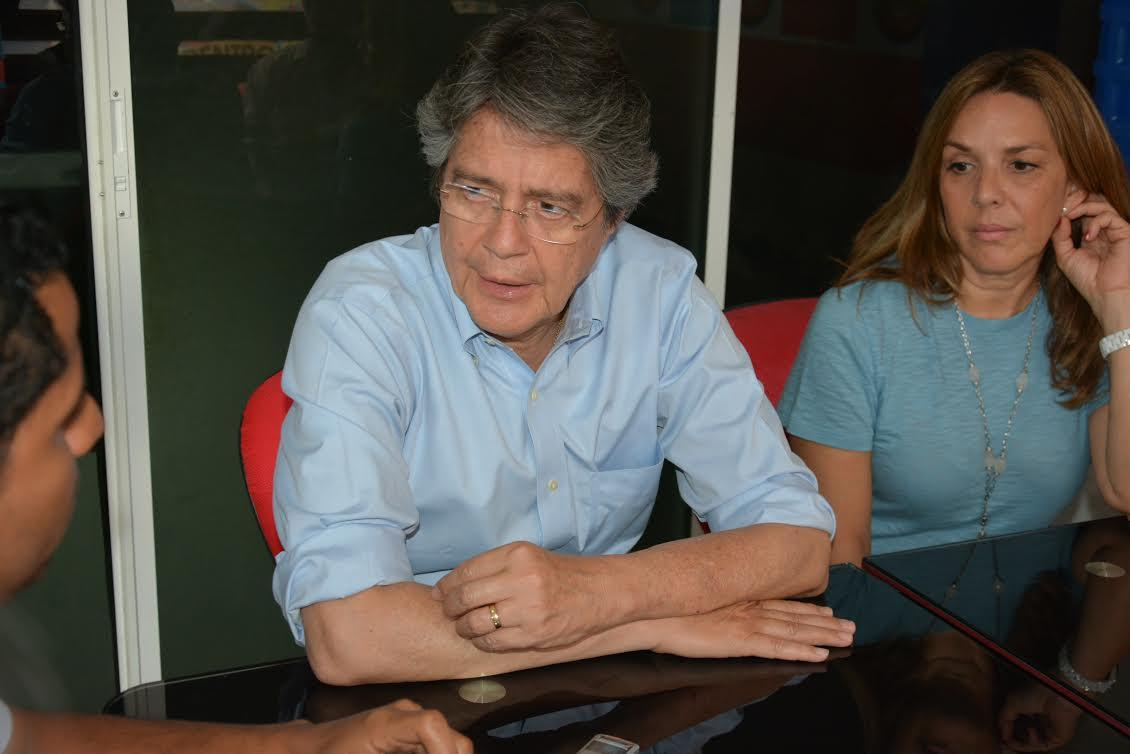 Lasso habla de sus propuestas en Santo Domingo