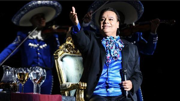 Hijo mayor de Juan Gabriel interpone una demanda y desata polémica