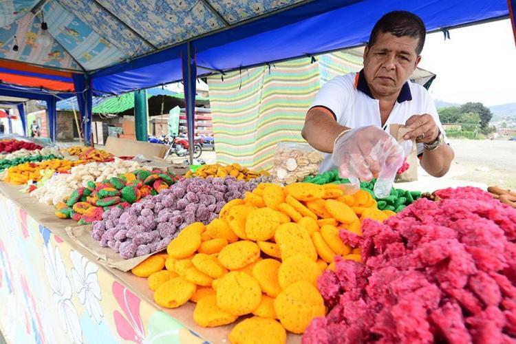 Las fiestas patronales se viven a 'todo color' en Portoviejo