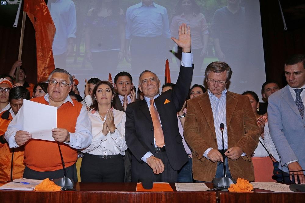 La Izquierda Democrática anuncia a Paco Moncayo como candidato presidencial