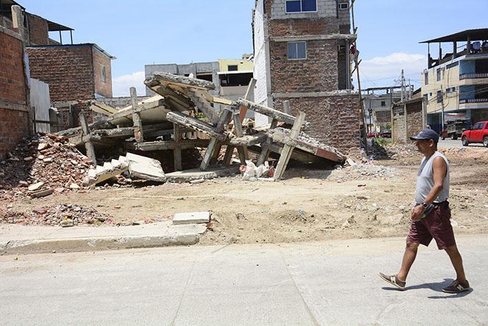2.654 casas menos en Manta tras el devastador 16A