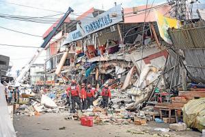 El terremoto del 16 de abril dejó 41 huérfanos en Ecuador, anuncia Correa
