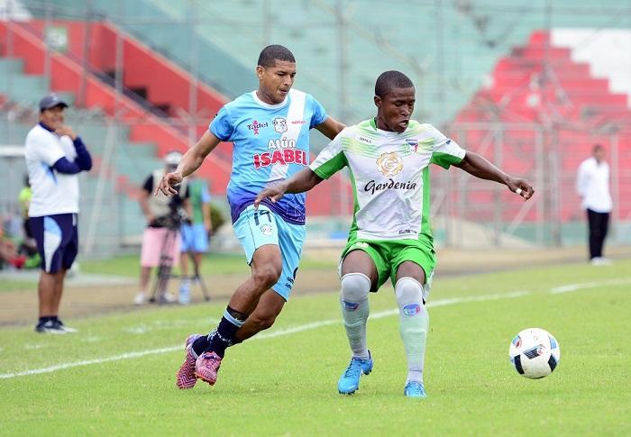 Manta FC e Imbabura empatan sin goles en el Reales Tamarindos