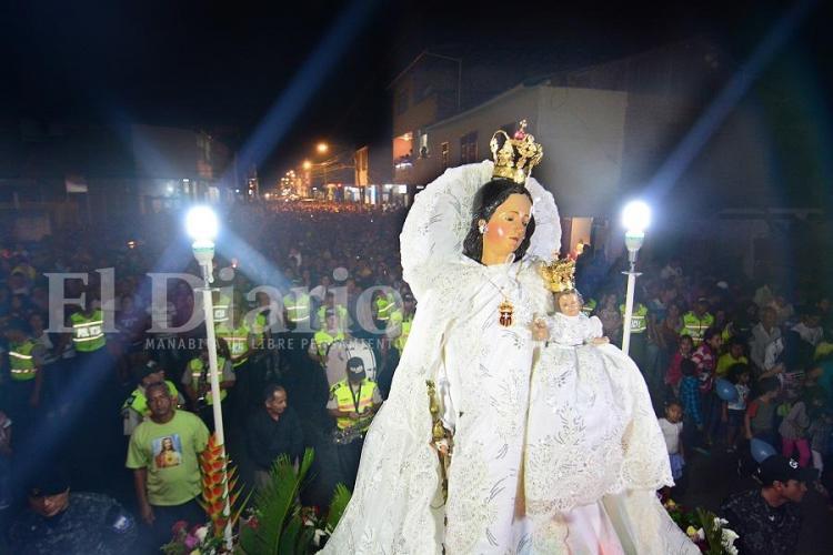 La Virgen de la Merced iluminó la 'zona cero' de Portoviejo