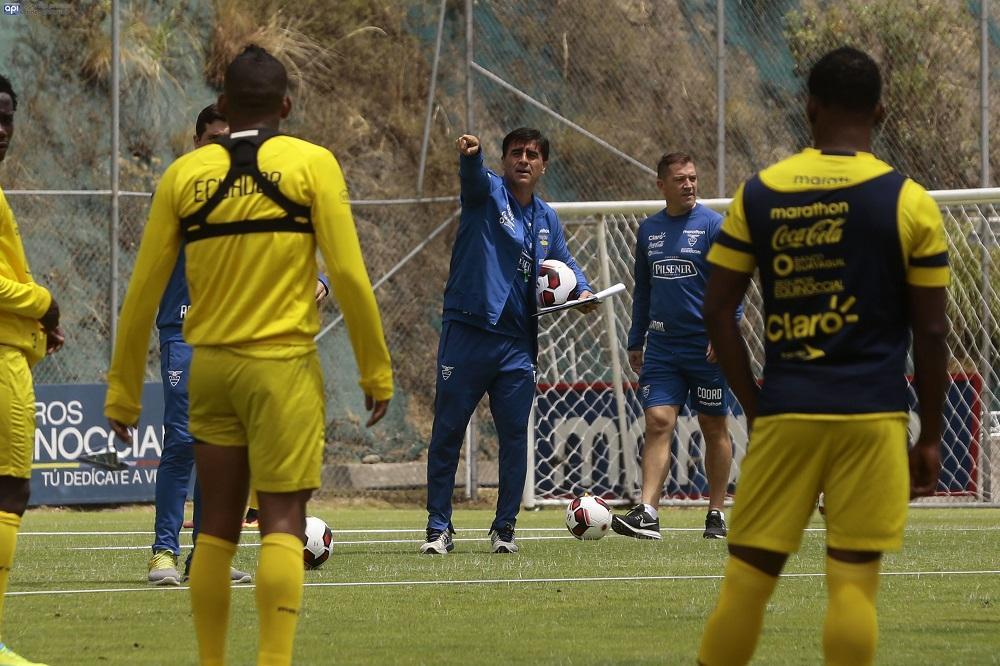 Gustavos Quinteros hace pública la lista de convocados para enfrentar a Chile y Bolivia