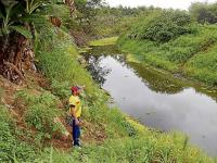 Reclaman por contaminación en el estuario del río Chone