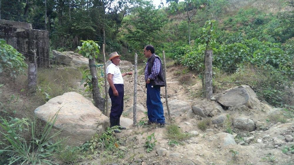 Exploran zonas sensibles de Alluriquín