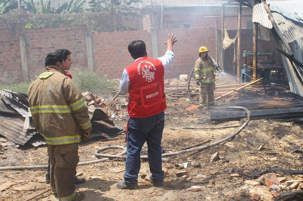Incendio destruye taller de ebanistería en Montecristi