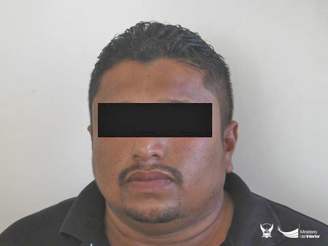 Hombre vinculado al robo de un vehículo fue capturado en un operativo