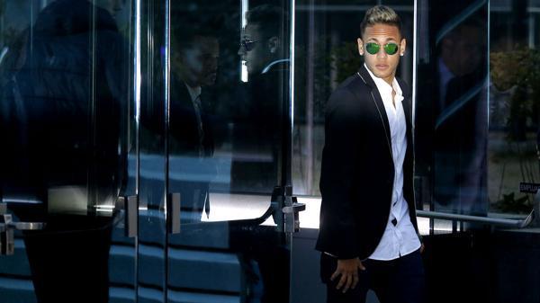 Neymar procesa al Estado de Brasil por filtrar sus deudas tributarias
