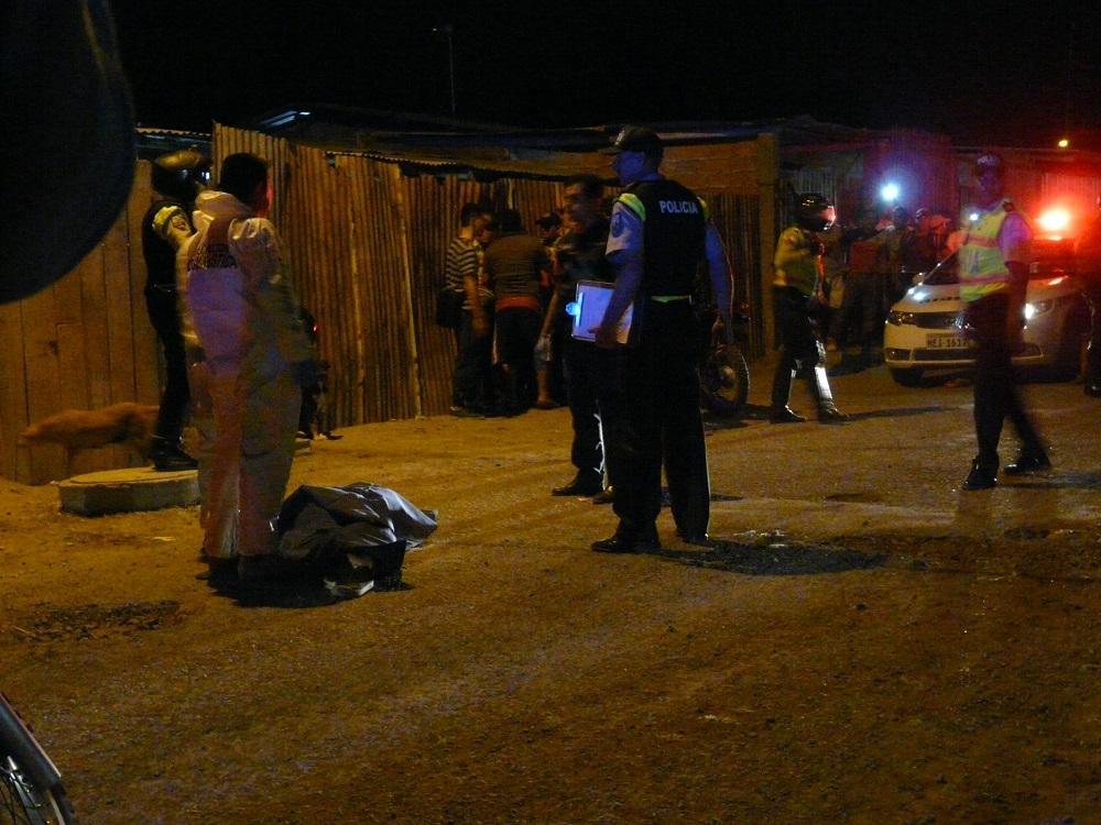 Hombre es asesinado en el barrio Santa Ana de Manta