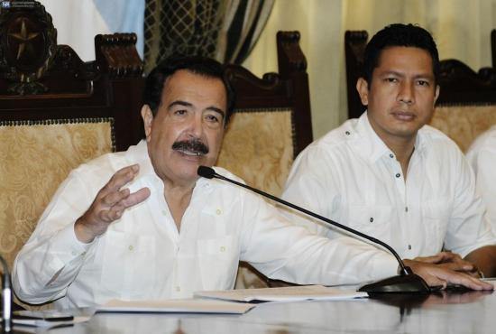 Jaime Nebot pide a Lasso, Viteri y Moncayo que declinen su candidatura