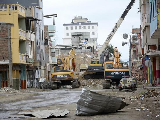 Piden transparencia en la reconstrucción