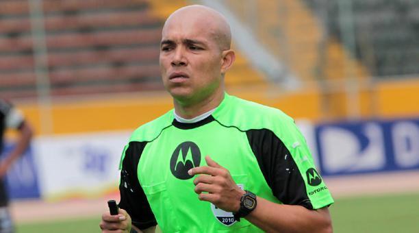 El árbitro Omar Ponce dirigirá el Clásico del Astillero a jugarse en el Capwell