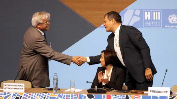 El presidente Correa clausura Habitat III, que aprueba Nueva Agenda Urbana
