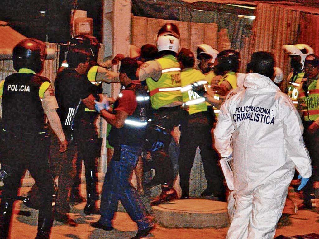 Cinco policías han sido agredidos