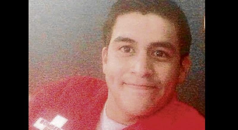 Muere bombero peruano que ayudó a las víctimas del 16A