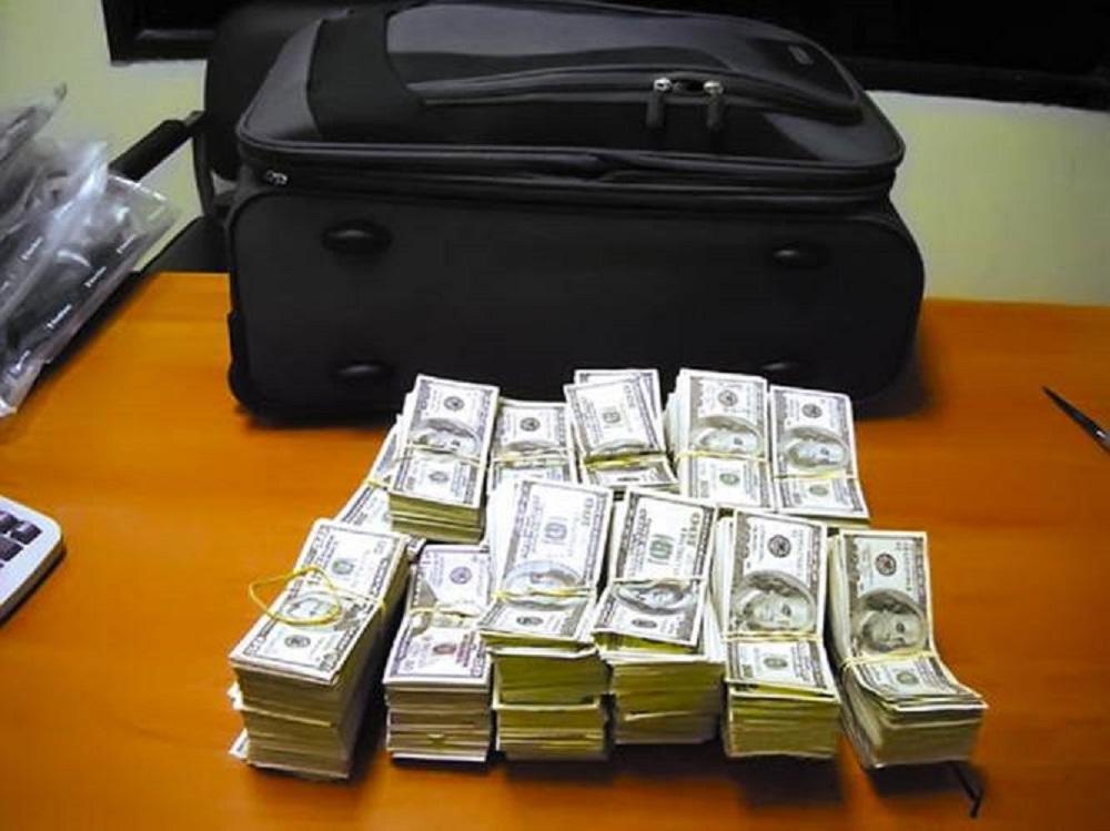 Sacapintas se llevan 33 mil dólares