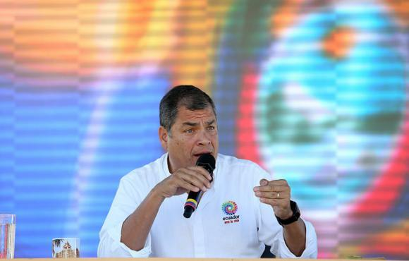 Correa anuncia reunión de 140 inversionistas extranjeros en Ecuador