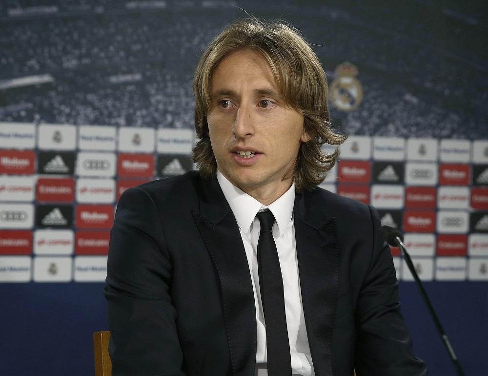 El centrocampista Luka Modric amplia su vínculo con el Real Madrid hasta 2020