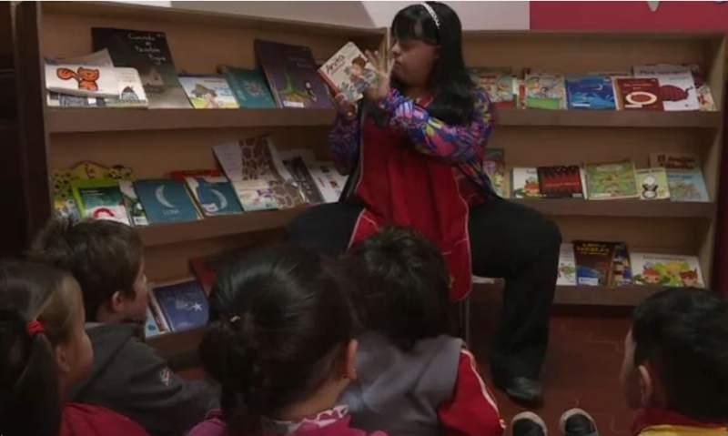 Noelia Garella es la primera maestra con Síndrome de Down en Argentina