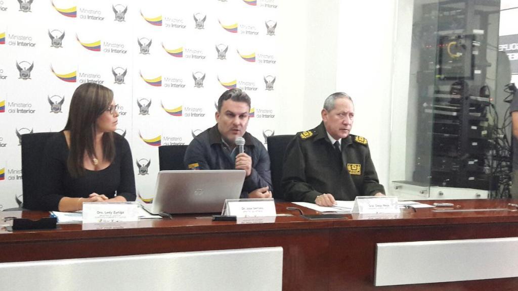 Ecuador pide difusión roja mundial en caso de presunto cohecho en Petroecuador