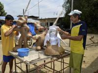 Inician elaboración de los monigotes