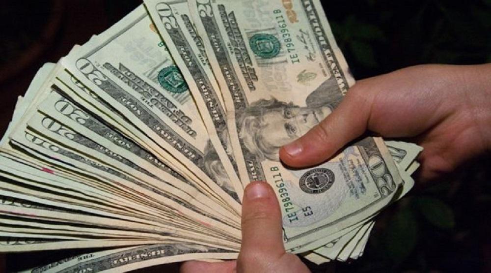 Roban celulares y dinero en  un motel