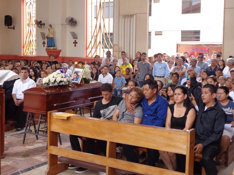 Un muerto y tres heridos en accidente de tránsito en el sitio Las Damas en Pichincha