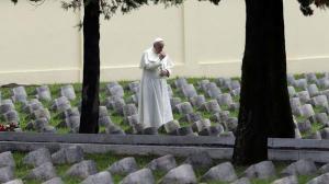 La Iglesia católica prohíbe esparcir cenizas de los difuntos o tenerlas en casa