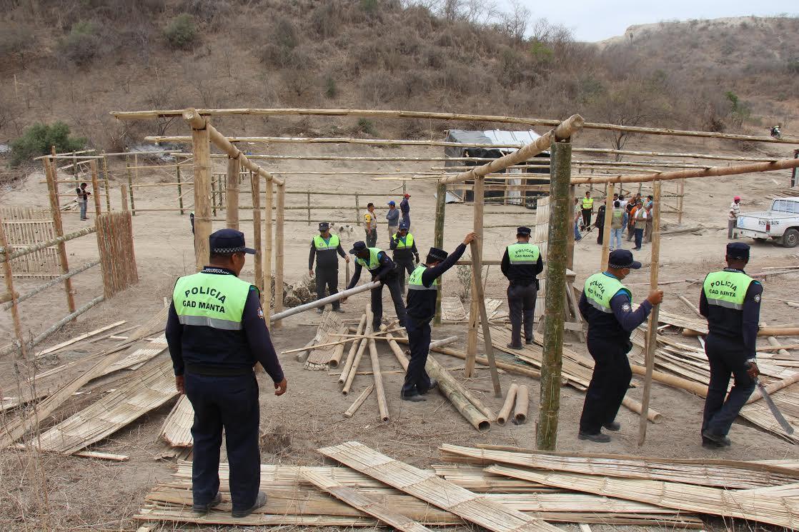 Municipio interviene en una invasión en Las Cumbres