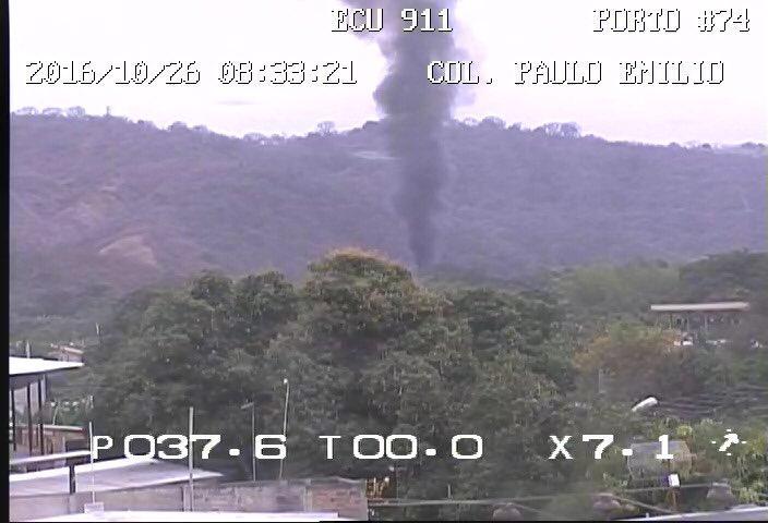 Incendio consume una vivienda ubicada en la vía Portoviejo-Pachinche