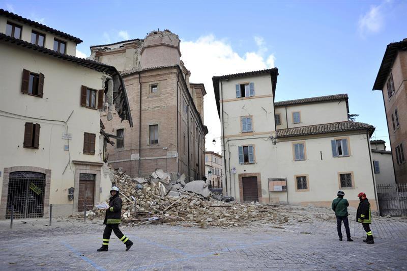 'Estamos vivos porque avisó', dicen los vecinos tras el terremoto en Italia