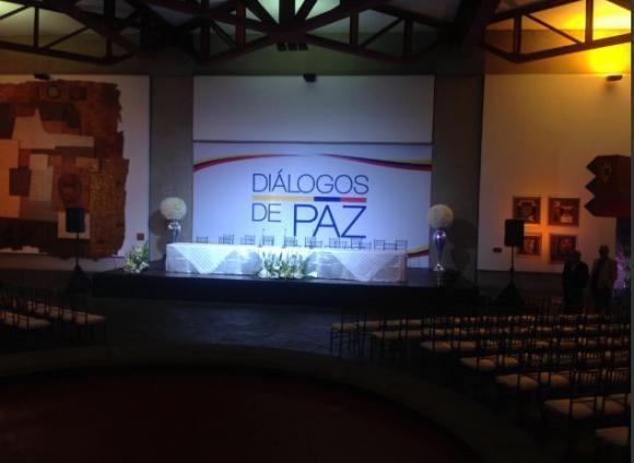 ELN no comparte suspensión de instalación de diálogo en Ecuador y asegura que buscan nueva fecha