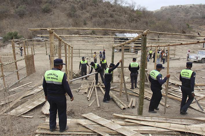 Desalojan a invasores de Las Cumbres