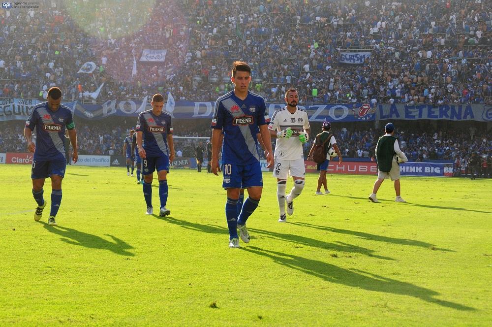 Los jugadores de Emelec 'están mal' tras la derrota ante Barcelona, dice Arias