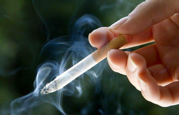 Preso pedía ser indemnizado como 'fumador pasivo', pese a que él también fuma