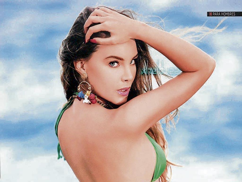 belinda bely model