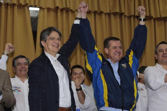 Guillermo Lasso y Andrés Páez inscriben su candidatura en el CNE