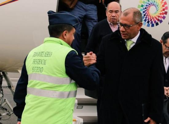 Jorge Glas viaja a Bruselas para firmar acuerdo comercial con la Unión Europea