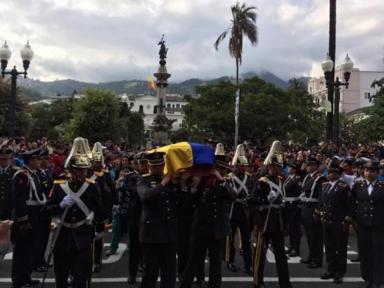 Dieron el último adiós al expresidente de Ecuador Sixto Durán Ballén