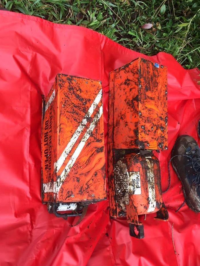 Las cajas del avión siniestrado revelarán mayores detalles de lo sucedido