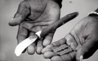 Decenas de niñas se refugian en 2 colegios de Kenia para evitar la ablación