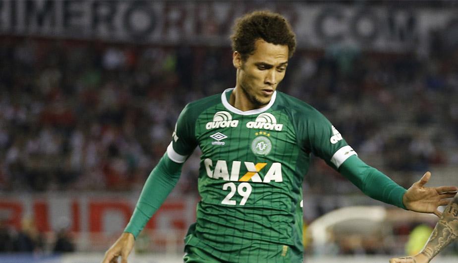 Helio Neto, sobreviviente de la tragedia del Chapecoense, podría volver a jugar fútbol